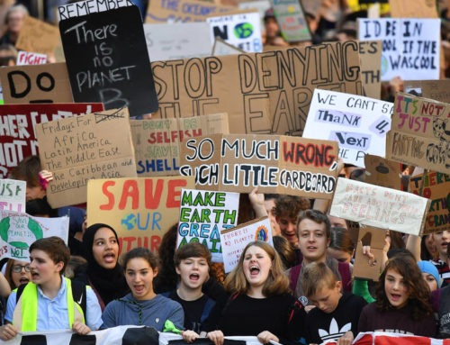 As Oil Plummets, Climate Activists Say Now Is the Time to Mobilize for a Green New Deal